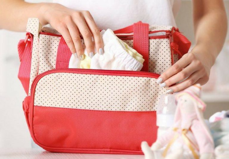 Signs You Need a New Diaper Bag